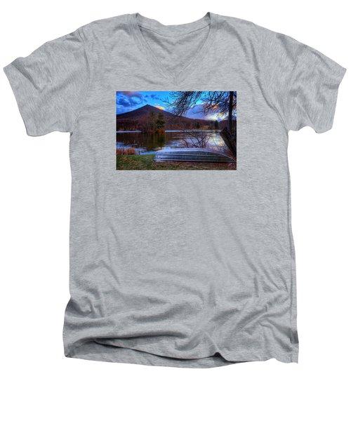 Sunset At Abbott Lake Men's V-Neck T-Shirt