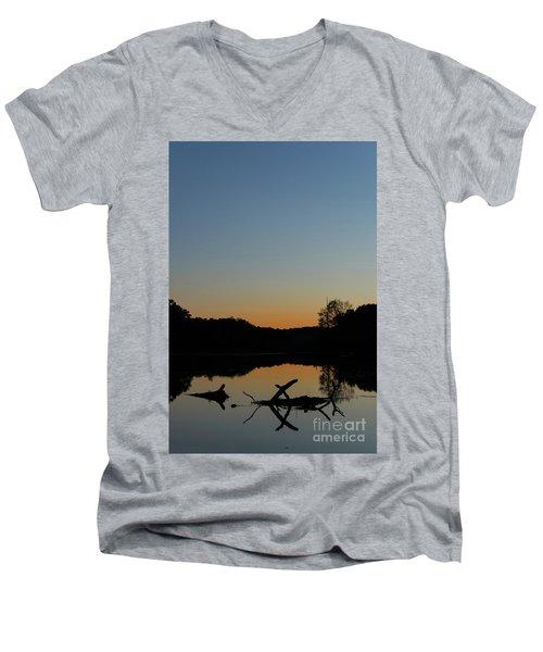 Sunset At Paulinskill Lake Men's V-Neck T-Shirt