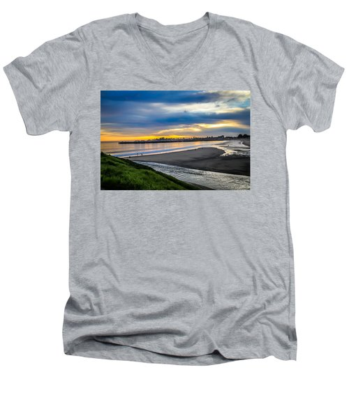 Sunset At The Rivermouth Men's V-Neck T-Shirt