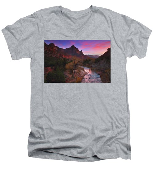 Sunset At The Watchman During Autumn At Zion National Park Men's V-Neck T-Shirt