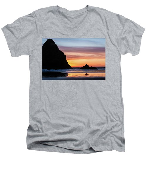 Sunset At Whalehead Beach Men's V-Neck T-Shirt