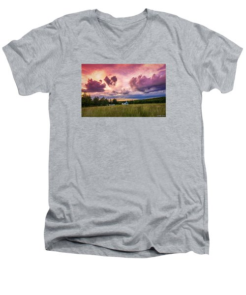 Sunset In Rear Intervale Men's V-Neck T-Shirt