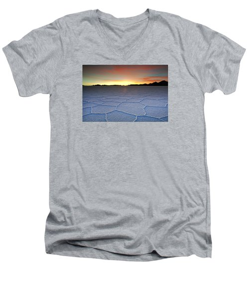 Lake Uyuni Sunset Texture Men's V-Neck T-Shirt
