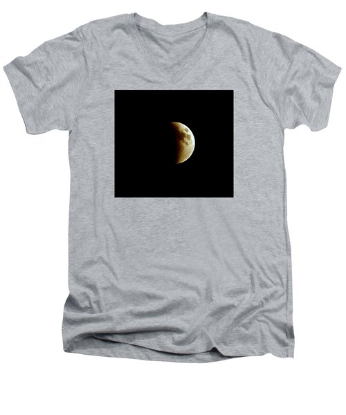 Super Moon Eclipse 2015 Men's V-Neck T-Shirt