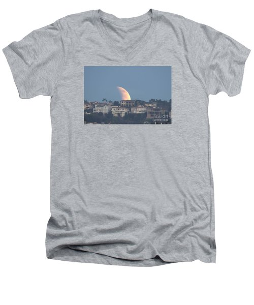 Super Moon Rise Men's V-Neck T-Shirt by Loriannah Hespe