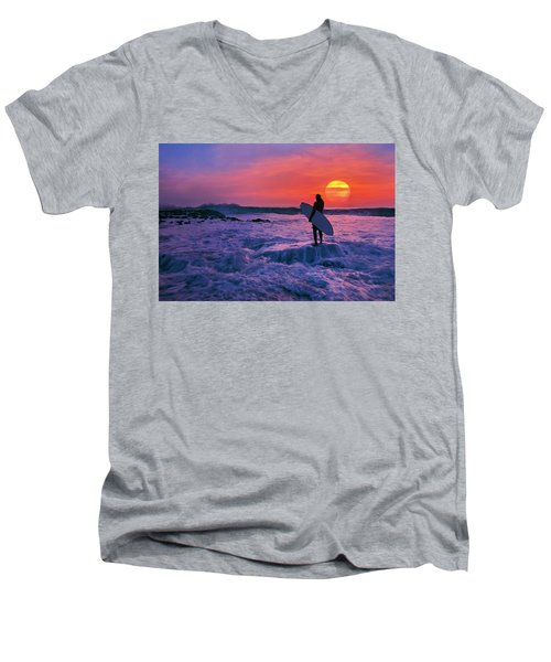 Surfer On Rock Looking Out From Blowing Rocks Preserve On Jupiter Island Men's V-Neck T-Shirt
