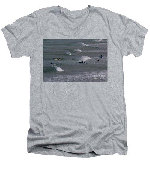 Photographs Of Cornwall Surfers At Fistral Men's V-Neck T-Shirt