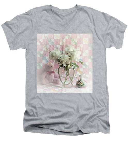 Sweet Memories Of Four Generations Men's V-Neck T-Shirt