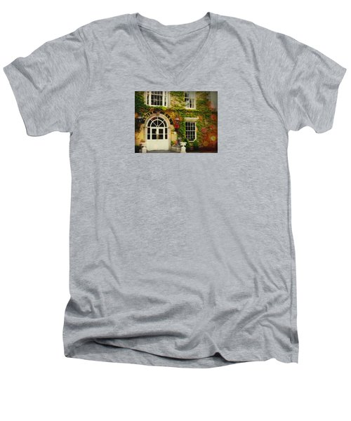 Swift Bar In Dublin Ireland Men's V-Neck T-Shirt
