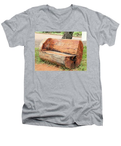 Taburete Men's V-Neck T-Shirt