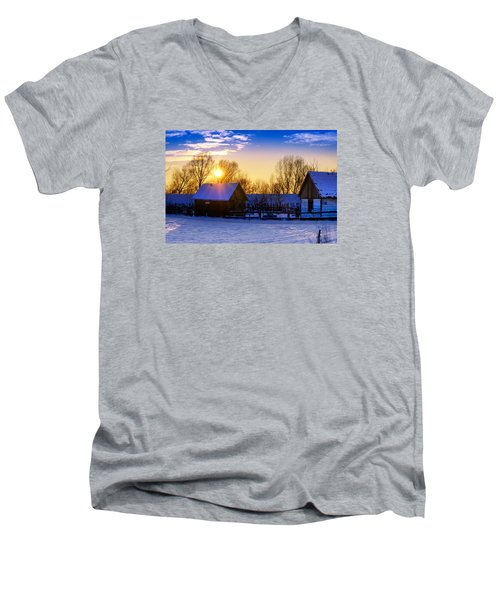 Tarchomin Sunset Men's V-Neck T-Shirt