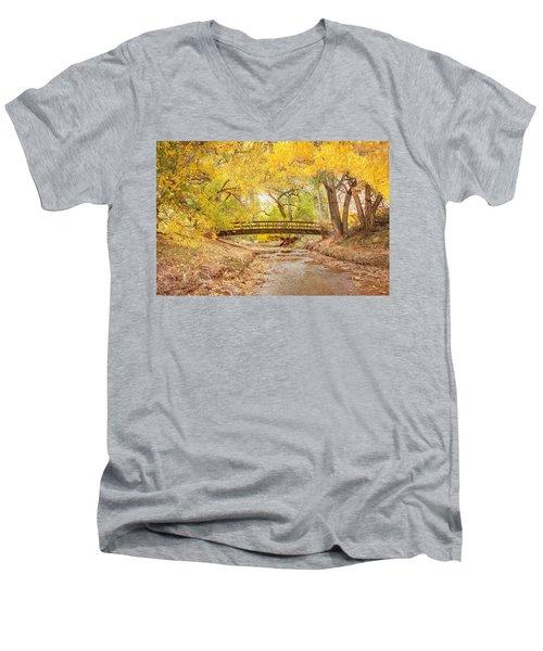 Teasdale Bridge Men's V-Neck T-Shirt