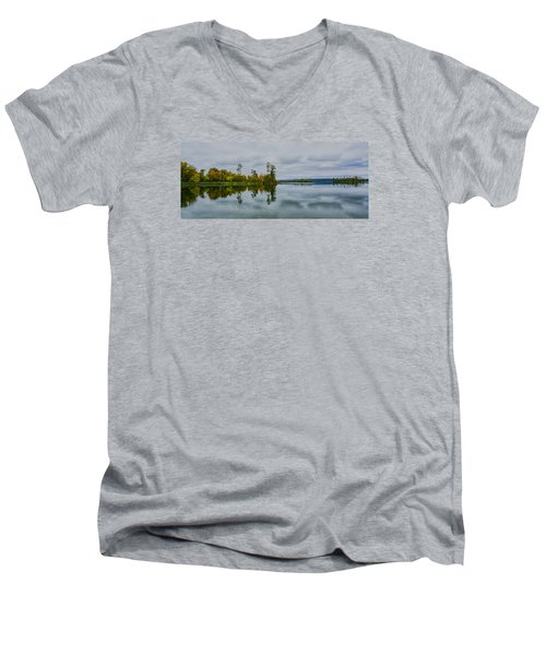 Men's V-Neck T-Shirt featuring the photograph Tennesse River by Susi Stroud