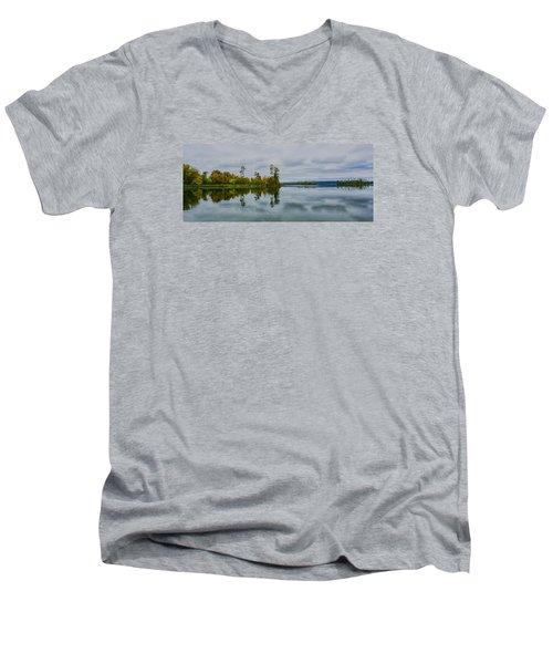 Tennesse River Men's V-Neck T-Shirt