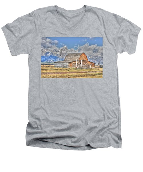 Teton Barn Men's V-Neck T-Shirt