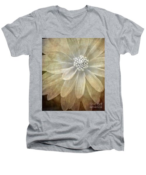 Textured Dahlia Men's V-Neck T-Shirt