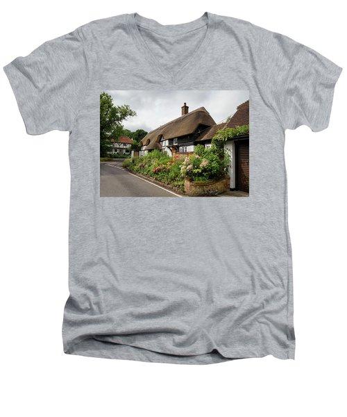 Thatched Cottages In Micheldever Men's V-Neck T-Shirt