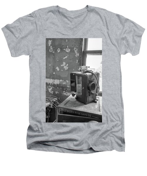 The Abandoned Projector Bw Men's V-Neck T-Shirt