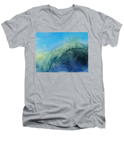 The Big Curl Men's V-Neck T-Shirt