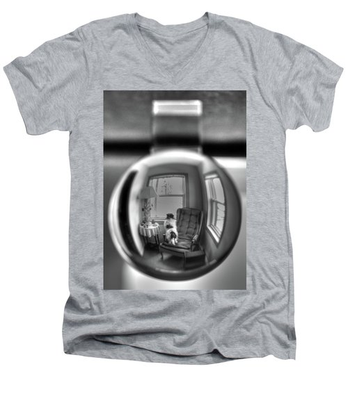 The Black And White Globe Dog Men's V-Neck T-Shirt