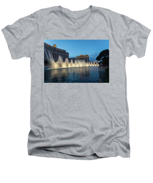The Fabulous Fountains At Bellagio - Las Vegas Men's V-Neck T-Shirt