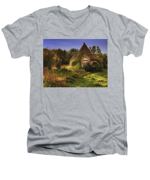 The Hobbit House Men's V-Neck T-Shirt
