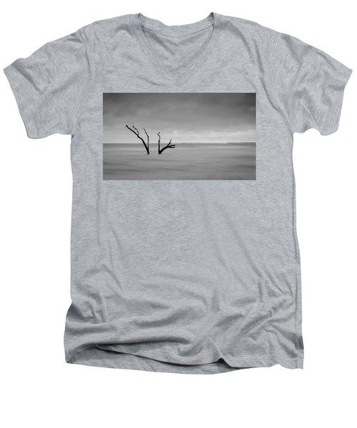 I'm Not Alone - Folly Beach Sc Men's V-Neck T-Shirt