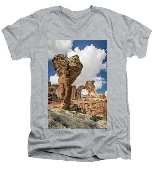 The Molar And Angel Arch Men's V-Neck T-Shirt