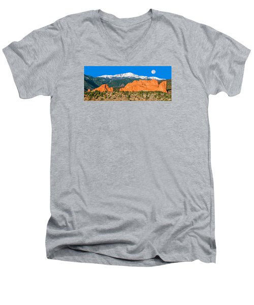 The Most Popular City Park In The U.s. Men's V-Neck T-Shirt by Bijan Pirnia