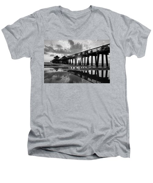 Naples Pier At Sunset Naples Florida Black And White Men's V-Neck T-Shirt