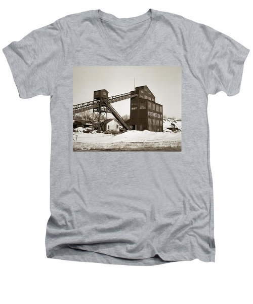 The Northwest Coal Company Breaker Eynon Pennsylvania 1971 Men's V-Neck T-Shirt