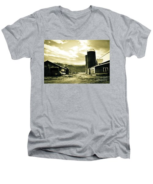 The Old Farm Men's V-Neck T-Shirt