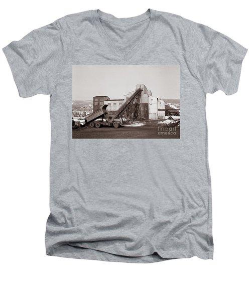 The Olyphant Pennsylvania Coal Breaker 1971 Men's V-Neck T-Shirt