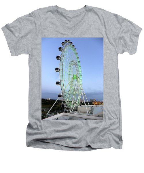 Men's V-Neck T-Shirt featuring the photograph The Orlando Eye 000 by Chris Mercer