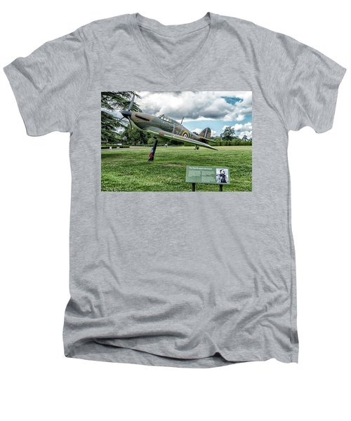 Men's V-Neck T-Shirt featuring the photograph The Pete Brothers Hurricane by Alan Toepfer