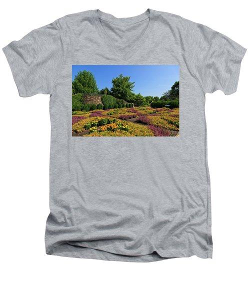 The Quilt Garden Men's V-Neck T-Shirt
