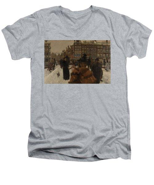 The Singel Bridge At The Paleisstraat In Amsterdam, 1896 Men's V-Neck T-Shirt