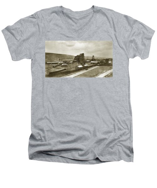 The Stanton Colliery Empire St. The Heights Wilkes Barre Pa Early 1900s Men's V-Neck T-Shirt