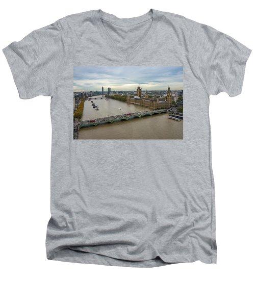 The Thames At Sunset Men's V-Neck T-Shirt
