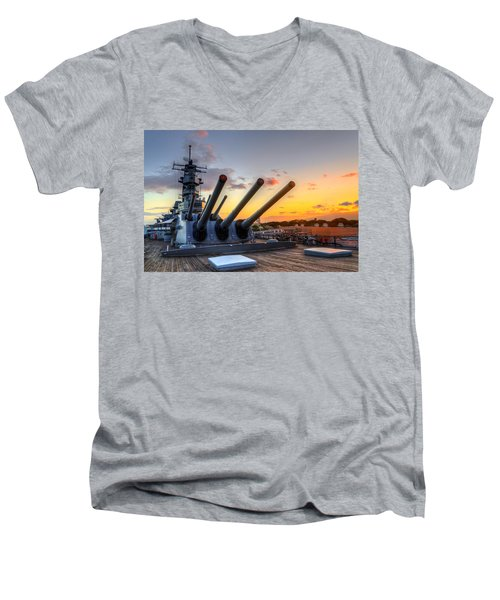 The Uss Missouri's Last Days Men's V-Neck T-Shirt