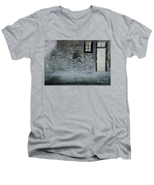 Men's V-Neck T-Shirt featuring the photograph The Wall by Douglas Stucky