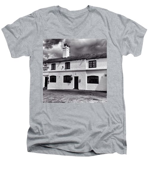 The Weavers Arms, Fillongley Men's V-Neck T-Shirt by John Edwards