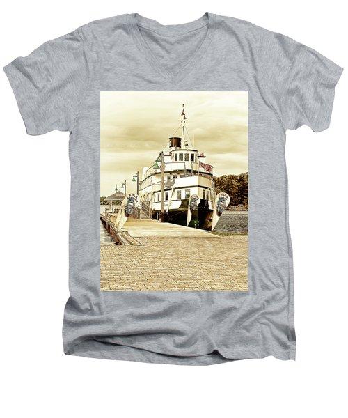 The Wenonah II Men's V-Neck T-Shirt