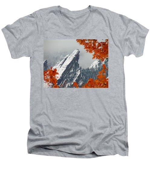 Third Flatiron Men's V-Neck T-Shirt