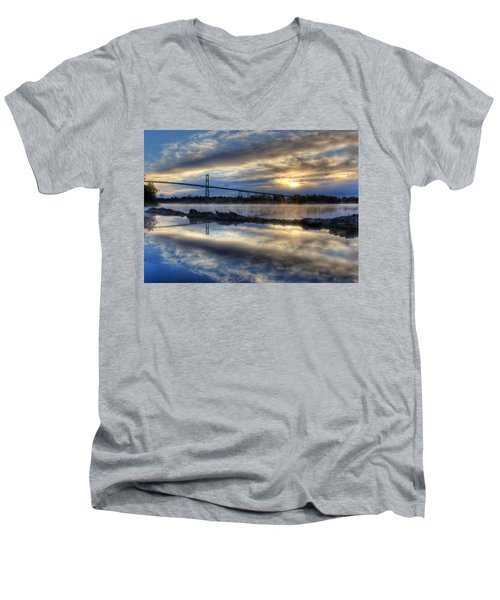 Thousand Islands Bridge Men's V-Neck T-Shirt