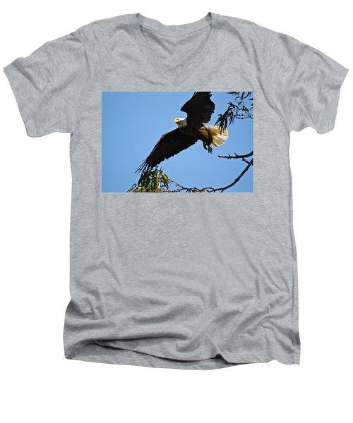 Time To Go Men's V-Neck T-Shirt