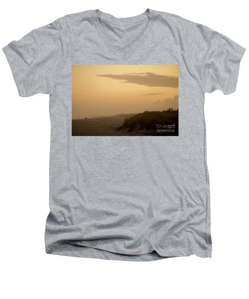 Tobay Beach Long Island Men's V-Neck T-Shirt