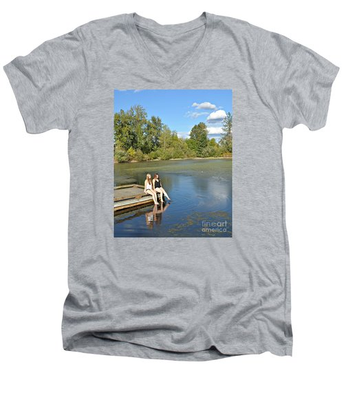 Toes In The Water Men's V-Neck T-Shirt