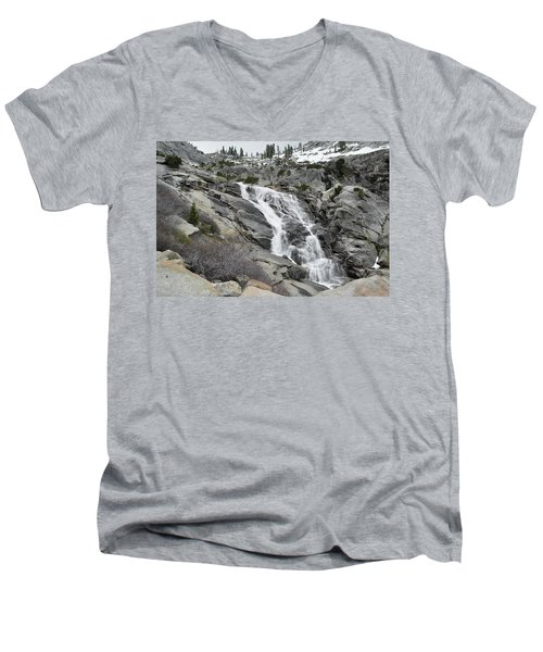 Tokopah Falls Men's V-Neck T-Shirt
