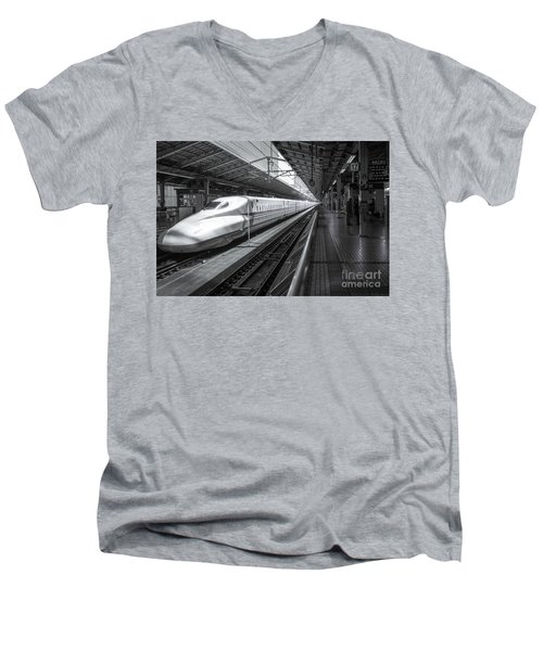 Tokyo To Kyoto, Bullet Train, Japan Men's V-Neck T-Shirt